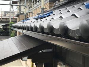 雨を受ける樋の取替え工事の巻
