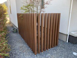 木彫目隠し格子&納まりすっきりサイクルポート